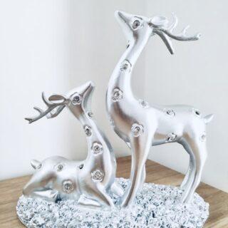deer showpiece