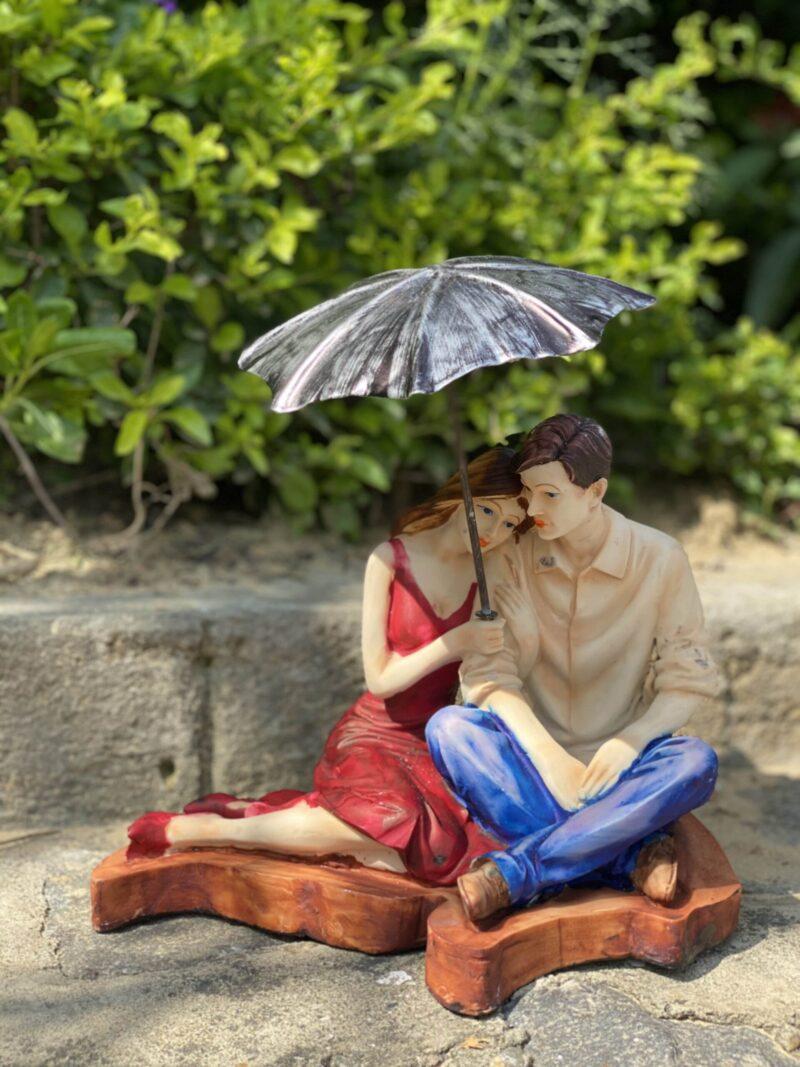 Intimate Couple Showpiece